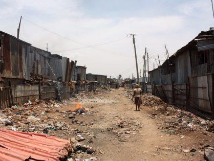 La COVID-19 en Kibera: elegir entre comer o enfermar