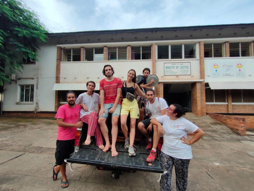 Cambio de oficina en Kubuka Zambia